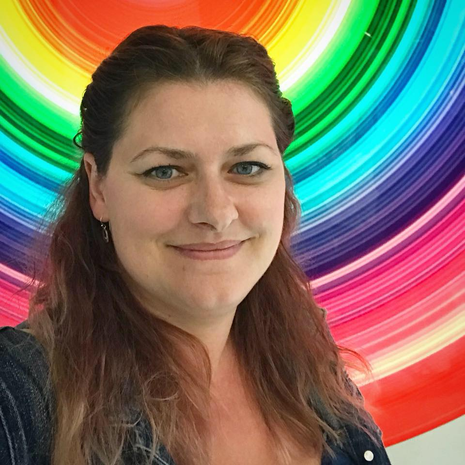 Picture of Amanda Ryan with colourful background